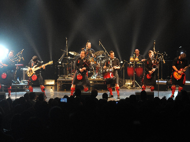 The Red Hot Chili Pipers performing